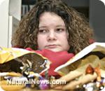 Overweight-Girl-Junkfood