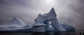 r-ARCTIC-ICE-MELTING-SEA-LEVELS-CLIMATE-CHANGE-large570