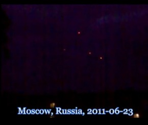 YouTube - Armada of UFOs over Moscow, Russia, 2011-06-23 2011-06-23 18-28-01