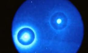 2 Huge UFO's moving across the night sky - YouTube 2011-07-24 12-39-40